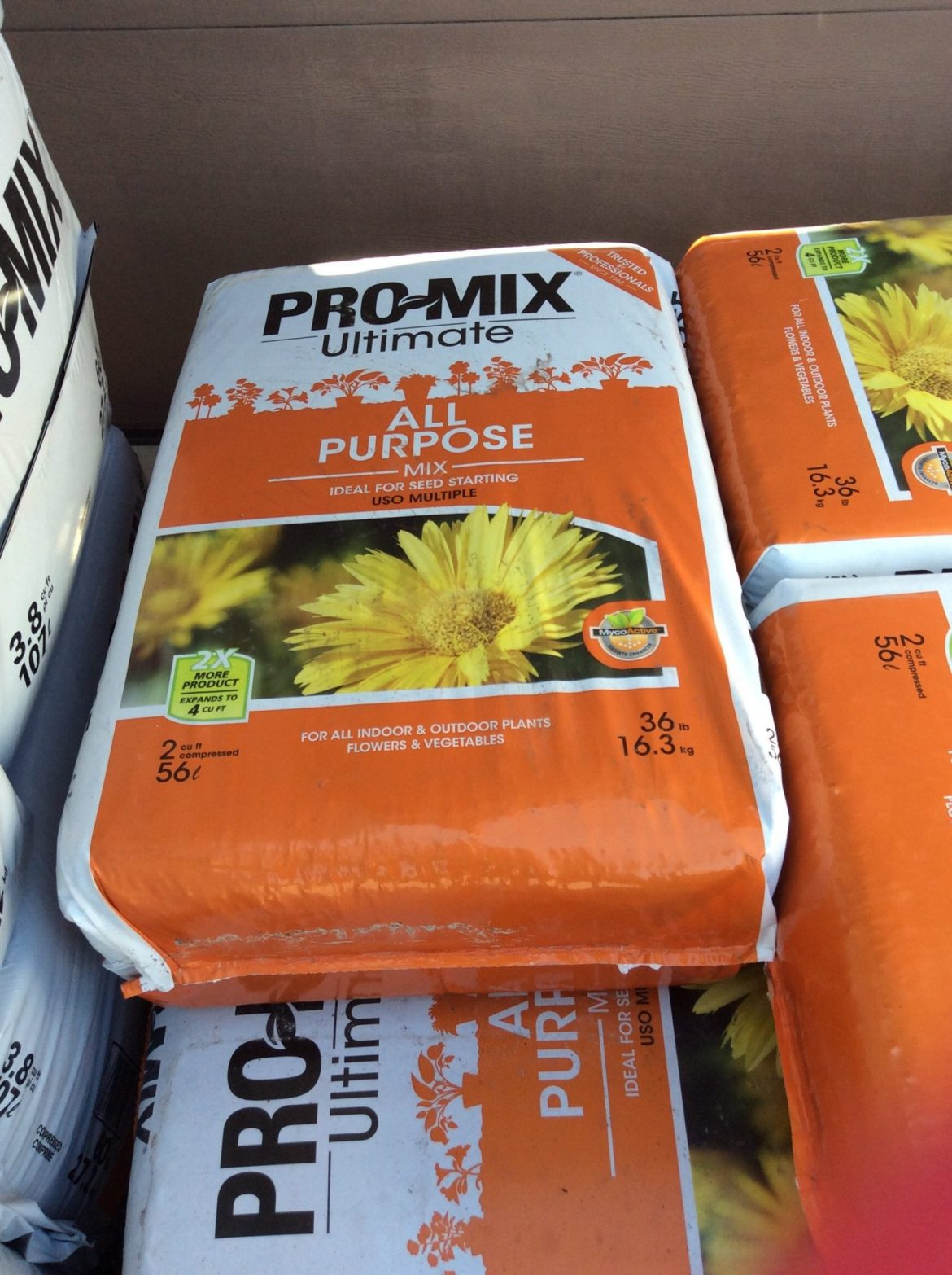 Pro-Mix Ultimate All Purpose Growing Mix