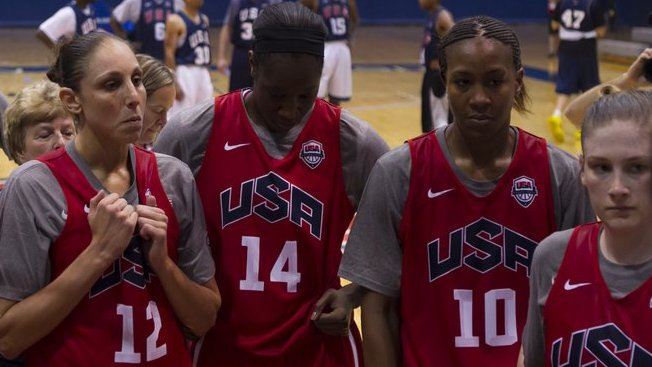 Maya Moore leads USA past Great Britain in Manchester exhibition