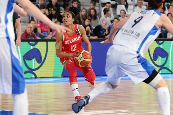 Lindsey Harding competing for Belarus. Photo: FIBA.