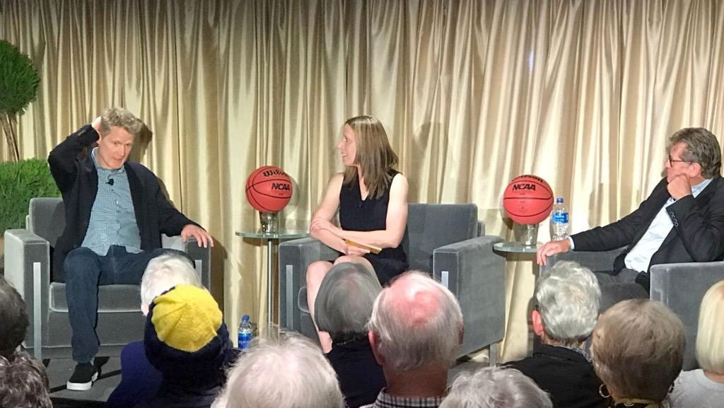 Cal hosted a fun and informative chat between Geno Auriemma and Steve Kerr
