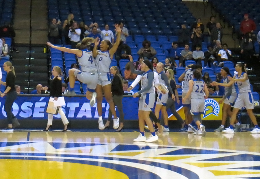 San Jose State makes early season statement as five players score in double digits in win over Buffalo, 95-88