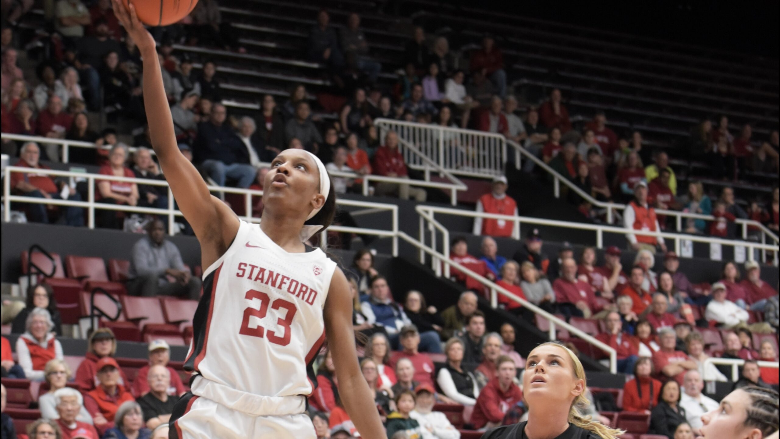 Led by Kiana Williams, Stanford obliterates Washington in second half for 77-56 win