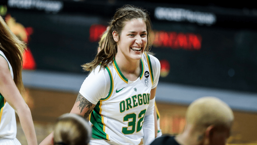 """Oregon takes media attention from viral video in stride, now it's time for basketball: """"That's why we're here."""""""