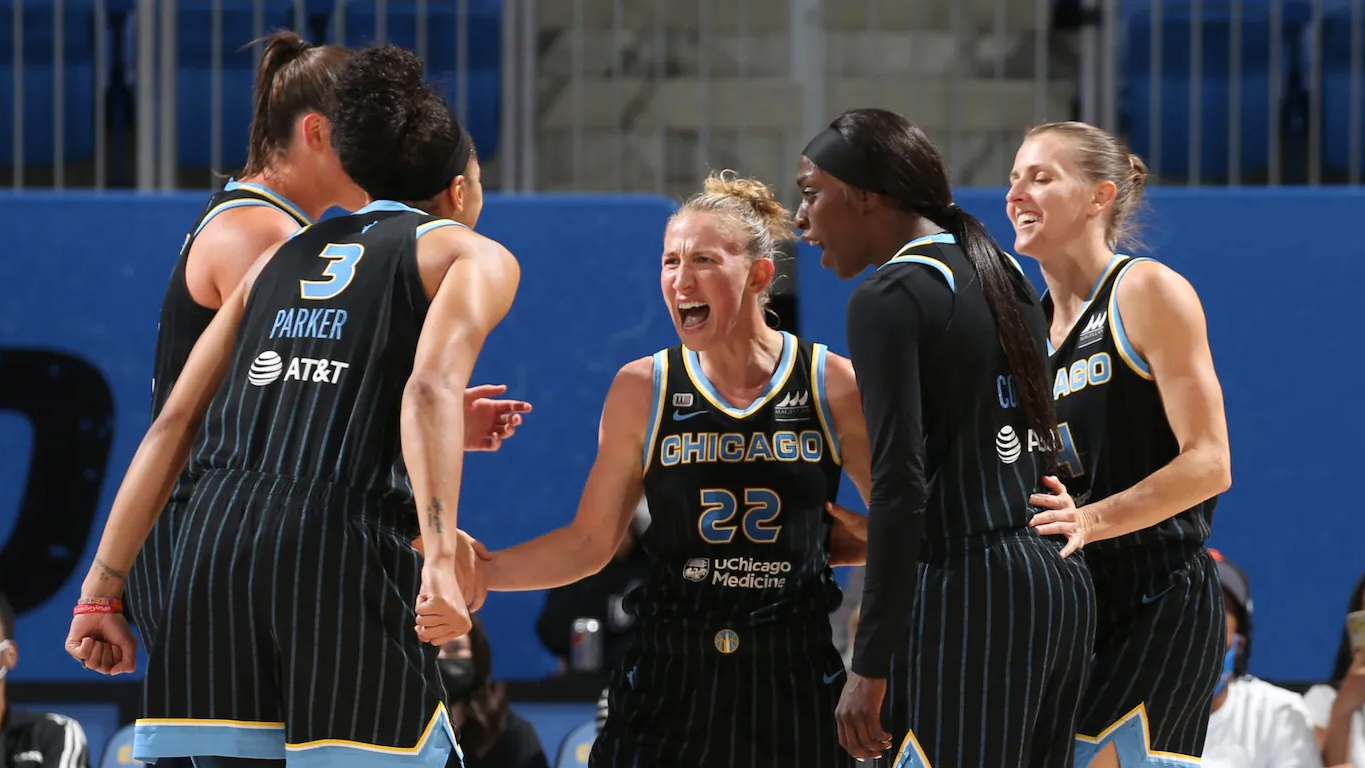 Copper leads as Chicago Sky hold off Dallas Wings in first round of WNBA Playoffs 81-64