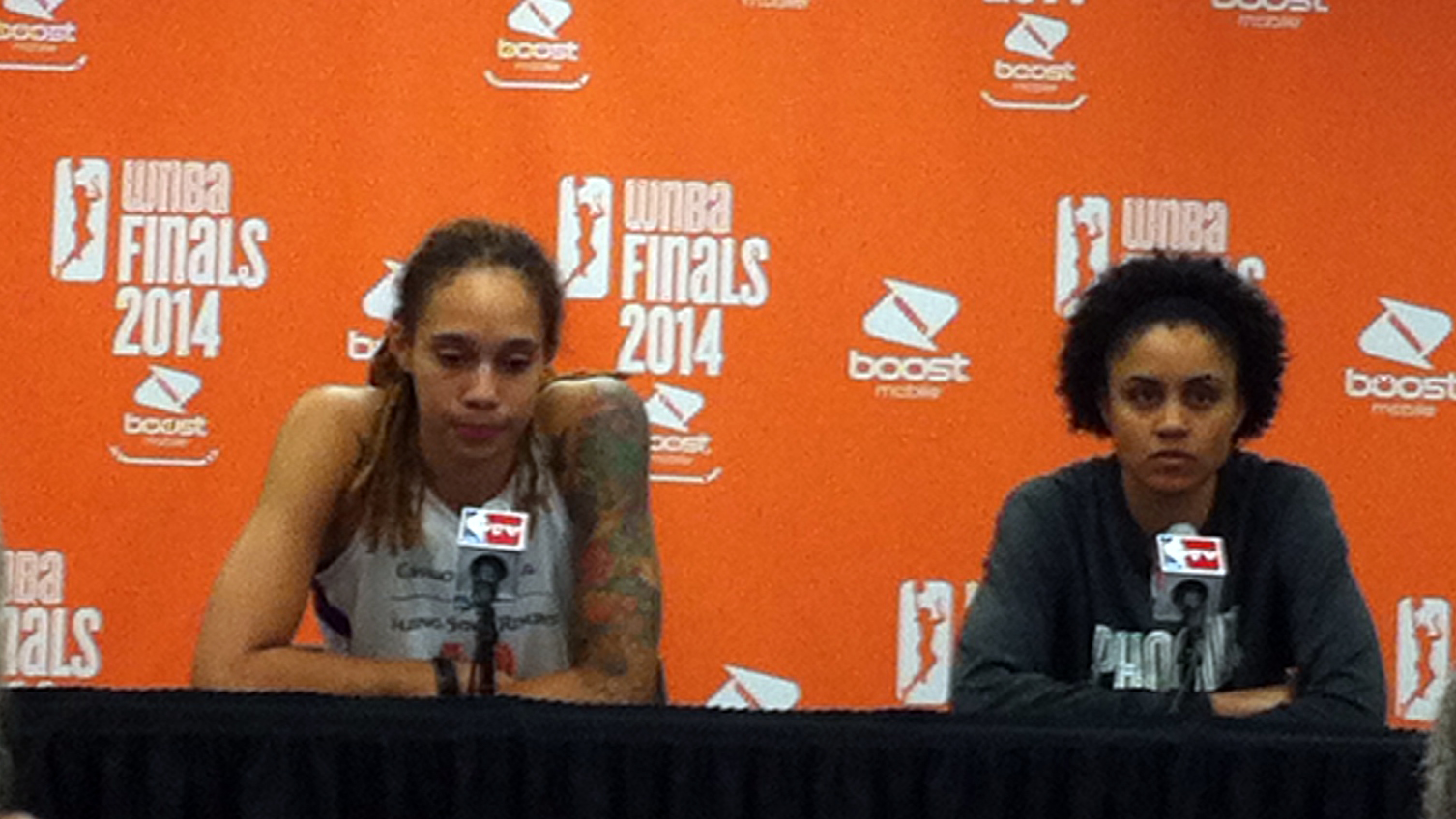 Mercury rises, rolls over Sky to take game one of the WNBA Finals, 83-62