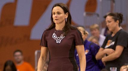Phoenix Mercury's Sandy Brondello: Fashion Coach of the Year