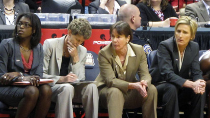 Dishin & Swishin October 27, 2011 Podcast: Tara VanDerveer preparing a new batch of players for success