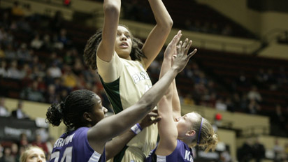 Preseason polls give preview of 2012-12 women's basketball landscape