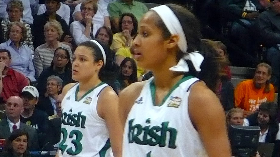 Diggins and McBride lead Notre Dame past UConn in showcase game for women's basketball, 73-72