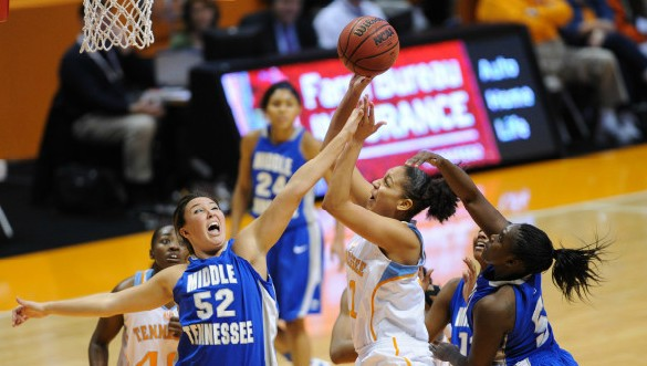 Tuesday recap: Lady Vols rebound with win over MTSU, No. 10 Louisville routs Murray St.