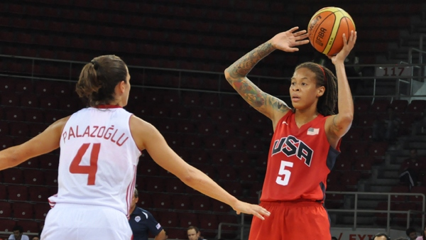 2012 Olympics preliminary round game three: U.S. faces Turkey, Marynell Meadors scouts the opponent