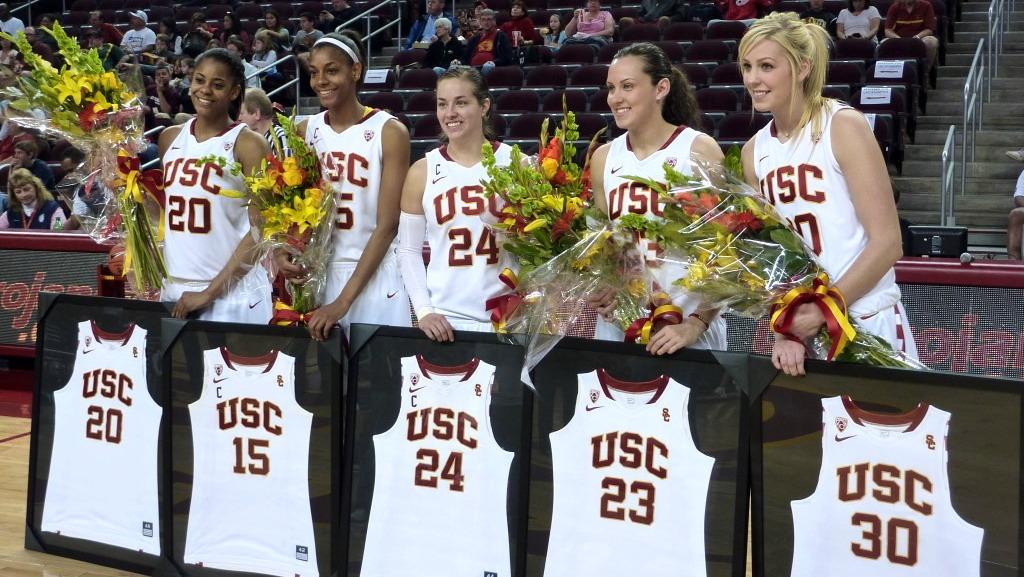 USC finishing out regular season on upswing, honors seniors and beats Arizona State