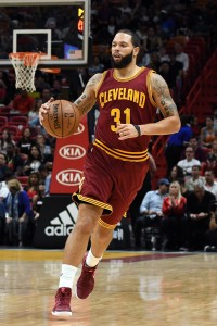 Five Notable Veteran Free Agents Still Available Hoops