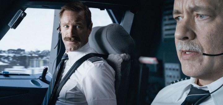 Sully : Photo Aaron Eckhart, Tom Hanks - Warner Bros. France