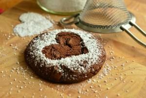 Cookie mit Staubzuckerherz - Die Liebe ist das Größte - Hope and Shine