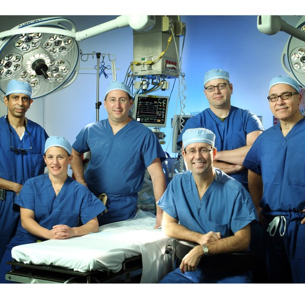 One Historic HIV Organ Transplant, Numerous Team Members