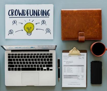 como funciona el crowdfunding