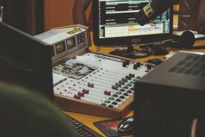 Fundacion del primer estudio para musica electronica