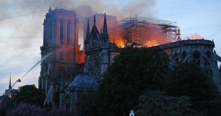 Las donaciones para reconstruir la catedral de Notre Dame alcanzaron los 300 millones de euros el primer día