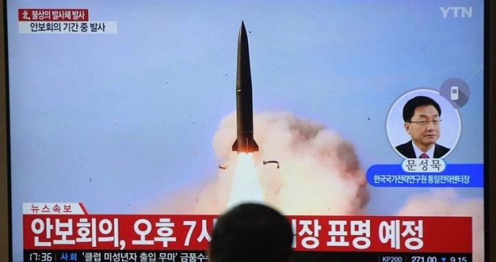 Corea del Norte lanza proyectiles 'no identificados'