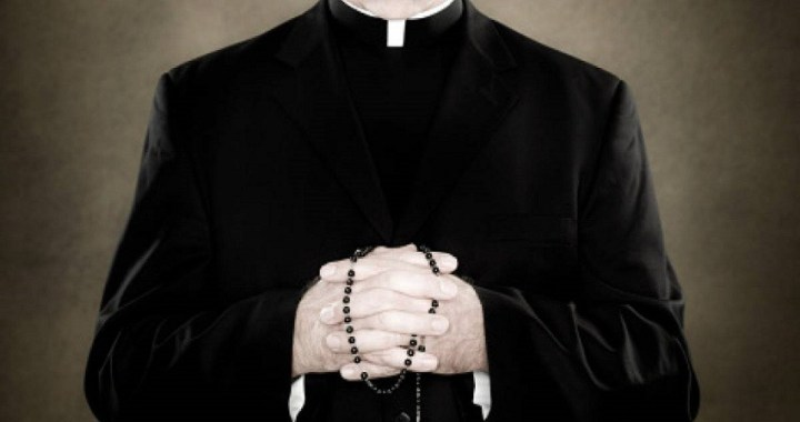 Un documental sobre la pedofilia en la Iglesia Católica polaca ha tenido 5 millones de reproducciones en YouTube en 32 horas