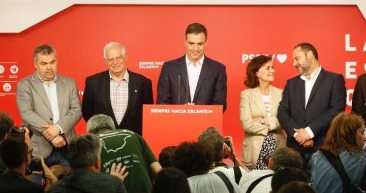 El PSOE gana las elecciones, el PP resiste, desastre de Podemos, Colau y Carmena pierden