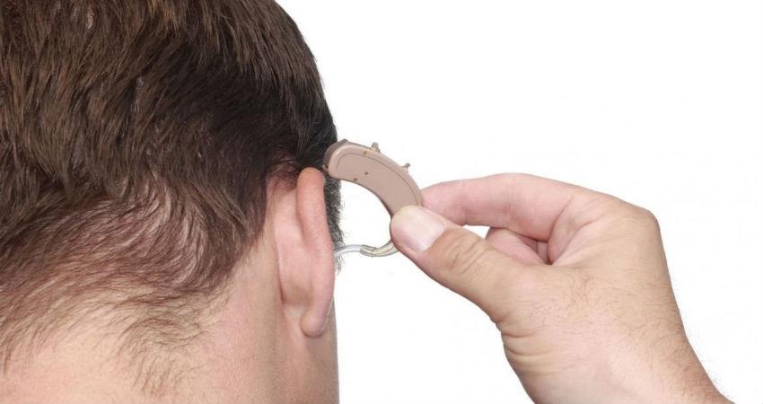 Cómo elegir los mejores audífonos para la sordera