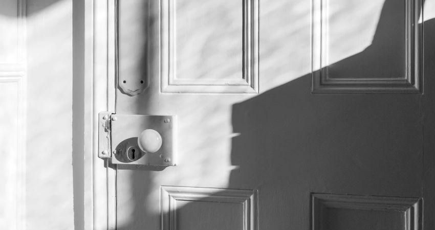 Contratar cerrajeros urgentes en Alicante