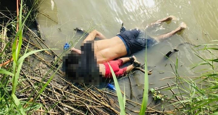 La desgarradora foto de un padre y su hija ahogados en la frontera mexicana muestra el drama migratorio
