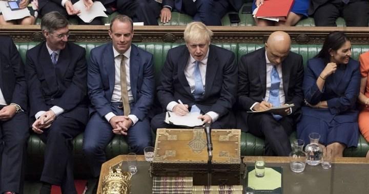 Boris Johnson podría convocar elecciones tras el bloqueo del Parlamento británico a su Brexit duro
