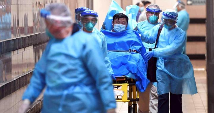 China amplía la cuarentena indefinida a 33 millones de personas para detener la propagación del coronavirus