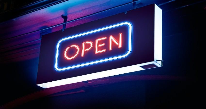 letreros luminosos más económicos para tu negocio