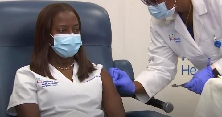 Arranca la campaña de vacunación contra la covid-19 en Estados Unidos