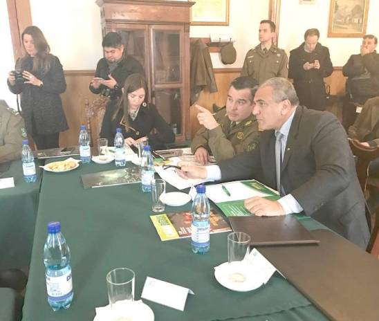 """Linares: Intendente y General de Zona de Carabineros presidieron sesión del Programa """"STOP"""""""
