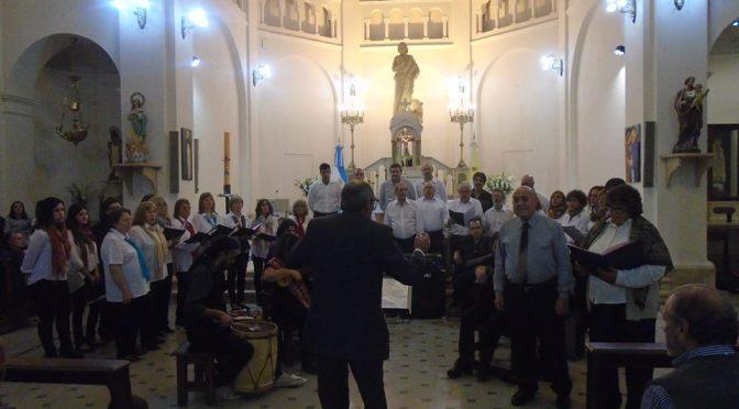 En Pascuas, fueron emotivos el Vía Crucis y la Misa Criolla