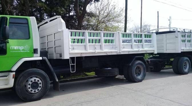 Presentan el nuevo camión con acoplado, para obras
