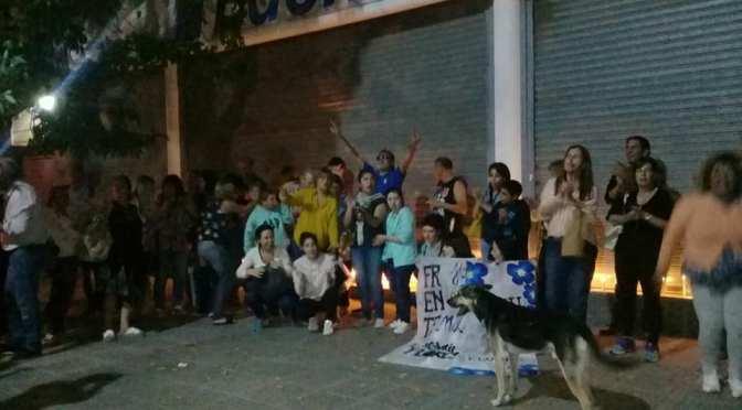 Marchas con velas contra el tarifazo, en Marcos Paz y en el país