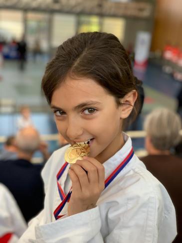 Coupe élite départemental Paris médaille d'or Karaté