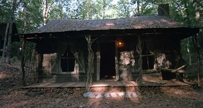 evil-dead-cabin-horror-film-shooting-locations