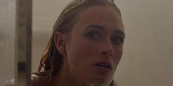 Bonnie-in-the-Shower-wtf-slasher-movie-tribute