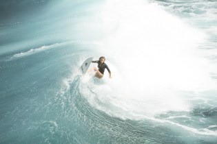 Wellenreiterin: Surferin Nancy (Blake Lively) in Action © 2016 Sony Pictures Releasing GmbH