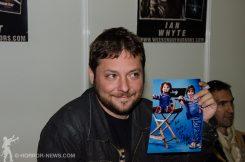 Alex Vincent mit Signierbild