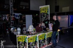 Zombies from outer space Promostand