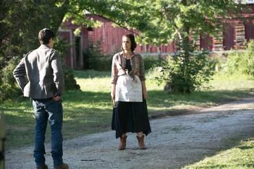 Courtney Collins (Shannyn Sossamon) will Ex-Polizist (James Ransone) von ihrem Grundstück vertreiben. © Wild Bunch Germany