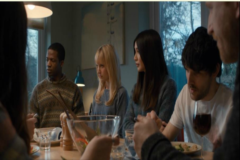 7. Humans, synth family, ep. 7