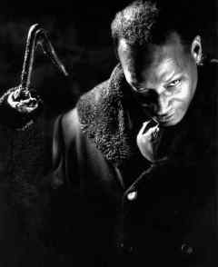 Tony Todd in a publicity shot for CANDYMAN (1992).