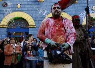 Halloween-Costumes-In-German-009