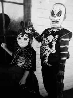 Old Halloween Pics -779.
