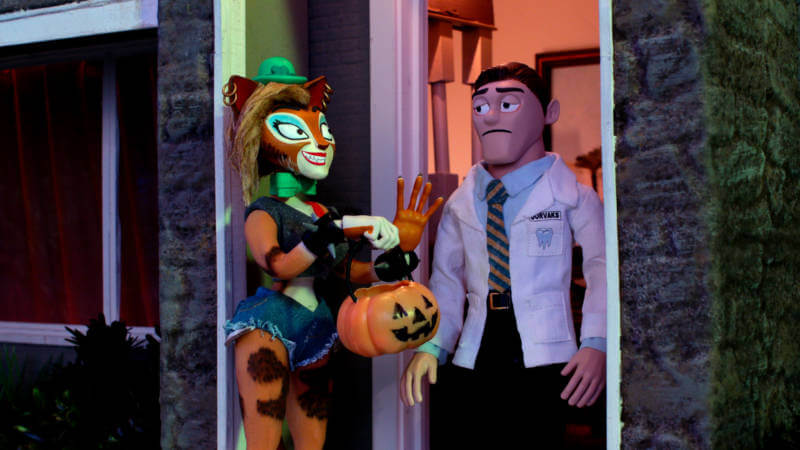 supermansion-halloween-special-heidi-gardner