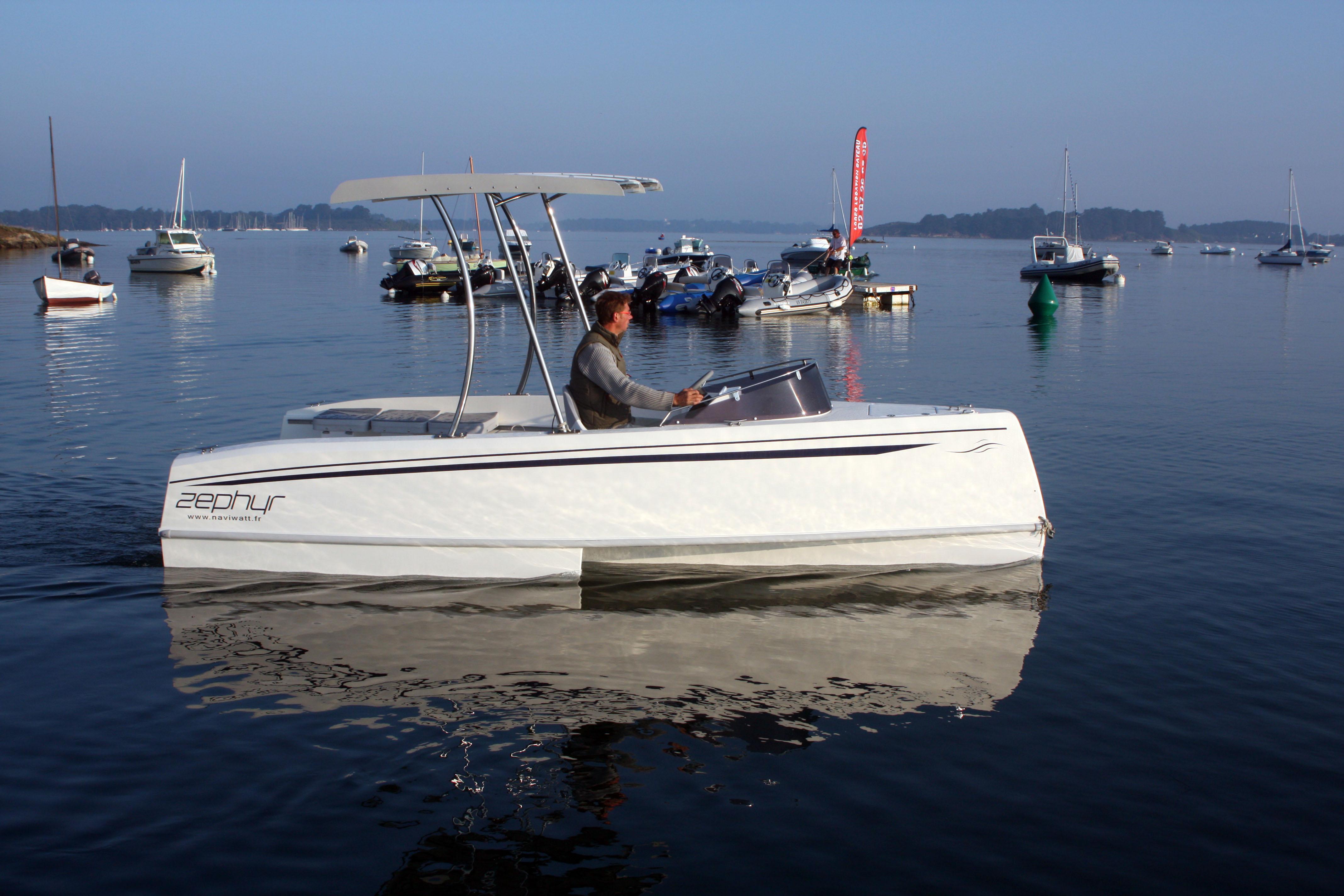 bateau zephyr